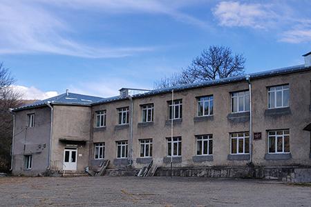 Old Debet School